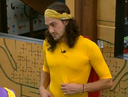 bb15-mccrae-outfit