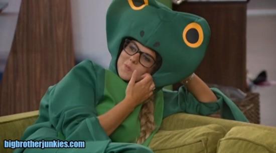 nicole-frog2