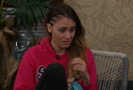Tiffany crying... again.